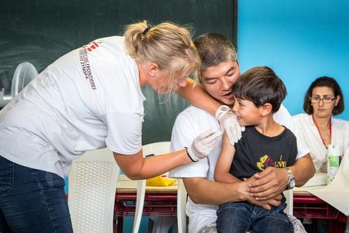 أنشطة أطباء بلا حدود في اليونان