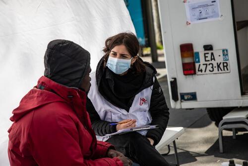 Coronavirus: MSF's mobile clinic for vulnerable groups
