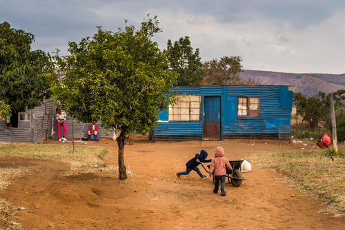 Many people in the Platinum belt have family members working in the mines. Houses are often built close together in smaller, spread out neighbourhoods.