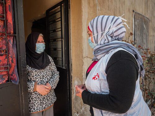 MSF social worker visiting Fawziyya Al-Sahili