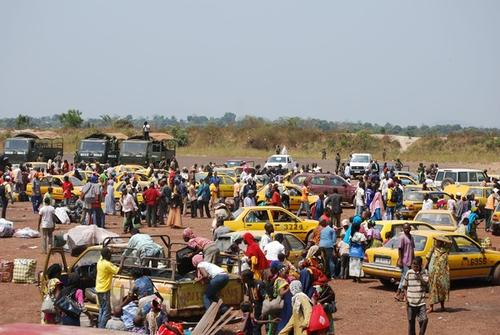 Thousands of Muslims flee Central African Republic