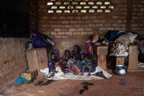 Hawa Oukarou, (40 yrs) and nine children