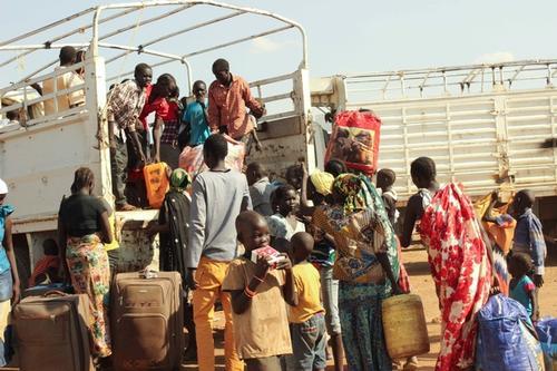 Refugees get ready to travel to Kakuma