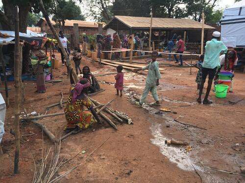 Central African Republic: Thousands displaced after attack on makeshift camp in Bambari
