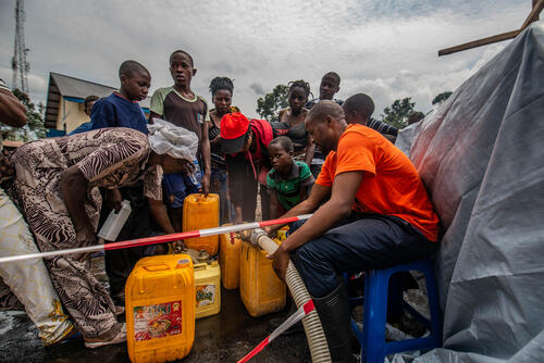 Water distribution in Sake, North Kivu, DRC