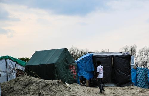No respite from violence for refugees in Calais