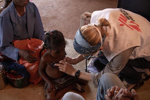 Mobile clinic in Ranobe