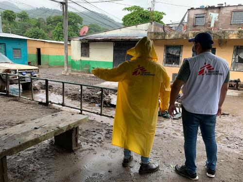 Emergency intervention for storm Amanda in San Salvador