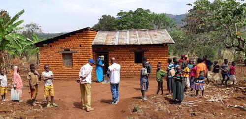 Indoor residual spraying in Burundi - 2019
