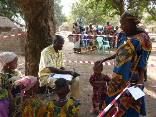 Vaccination campaign in refugees camp in Bitoye