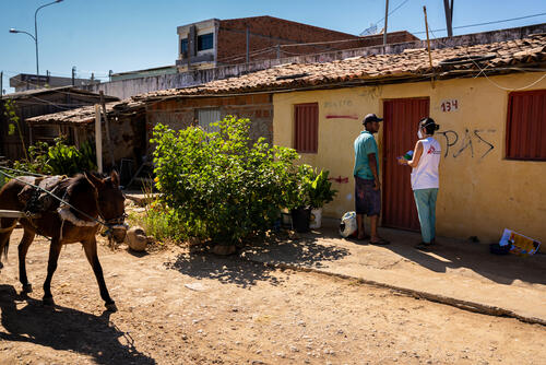 Health promotion and in-house check ups in Bahia, Brazil