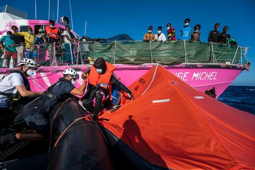 Sea Watch 4 - Rotation01 - MV Louise Michel