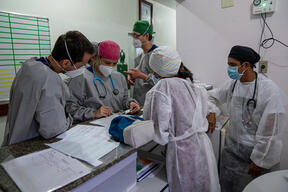 Caring for patients in Tefé